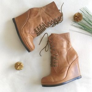 VINCE CAMUTO + Leather Suni Boots